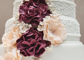 Свадебный торт — 8 модных тенденций 2015 года